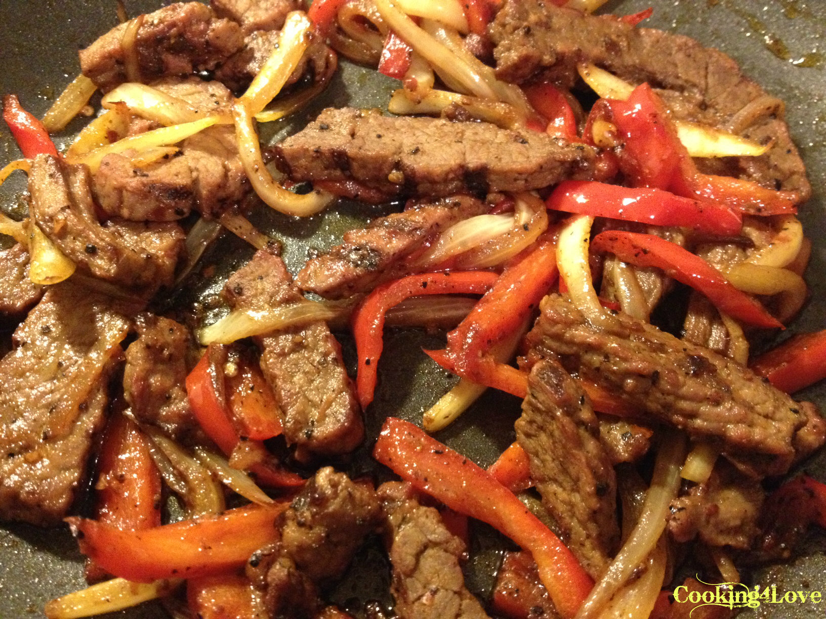 steak-fajitas-in-the-pan.jpg