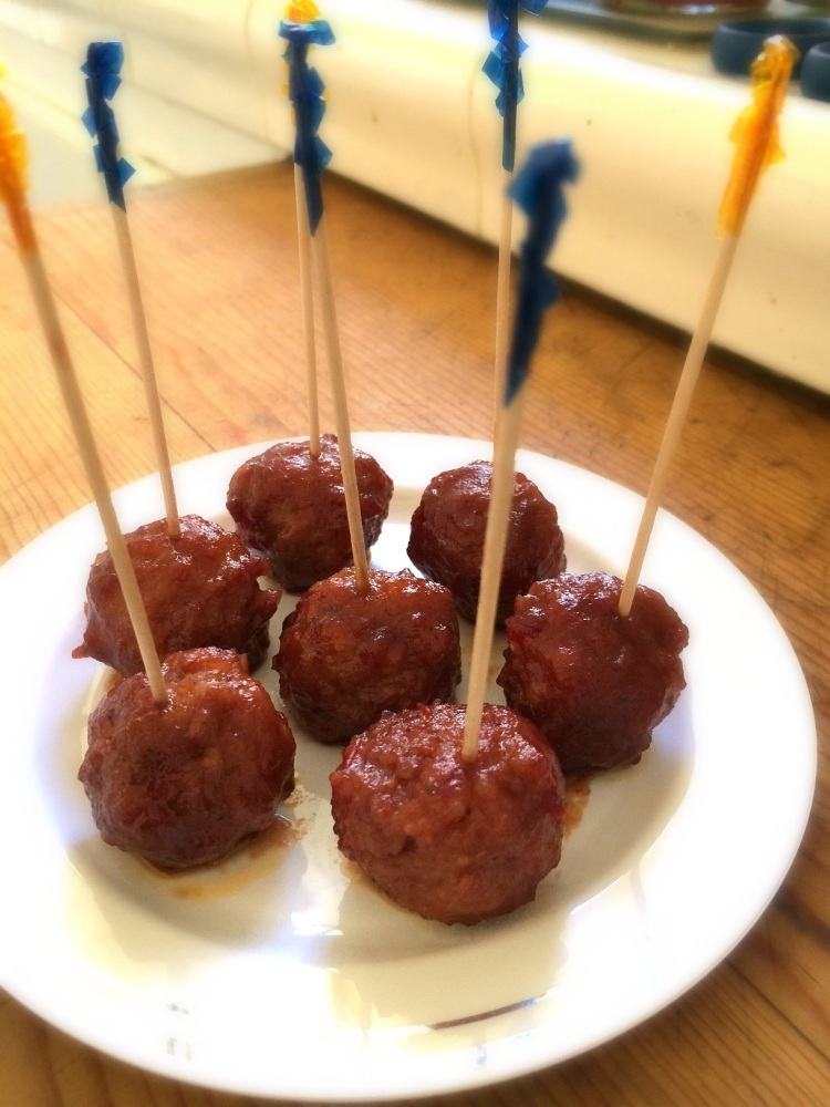Cocktail Meatballs Plated